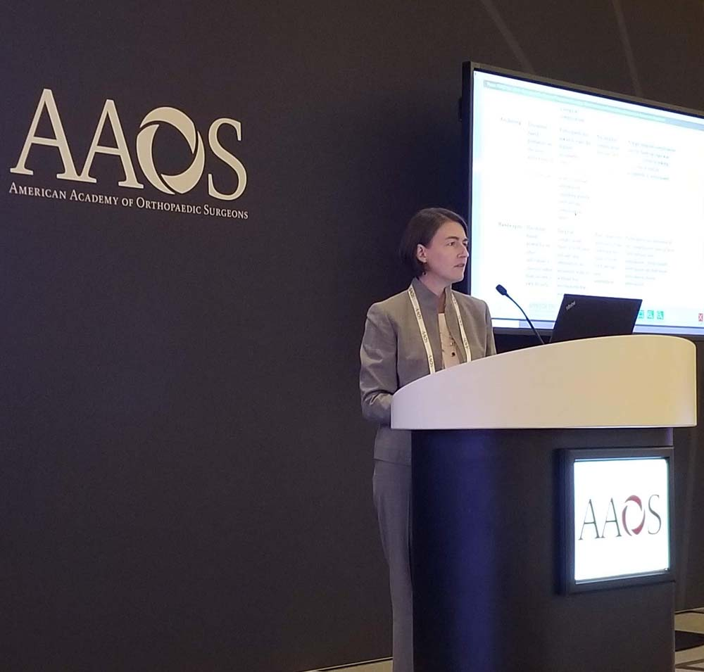 Amy Cizik presenting at AAOS 2019