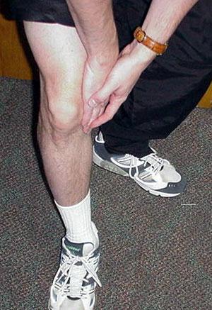 swollen upper part of the knee